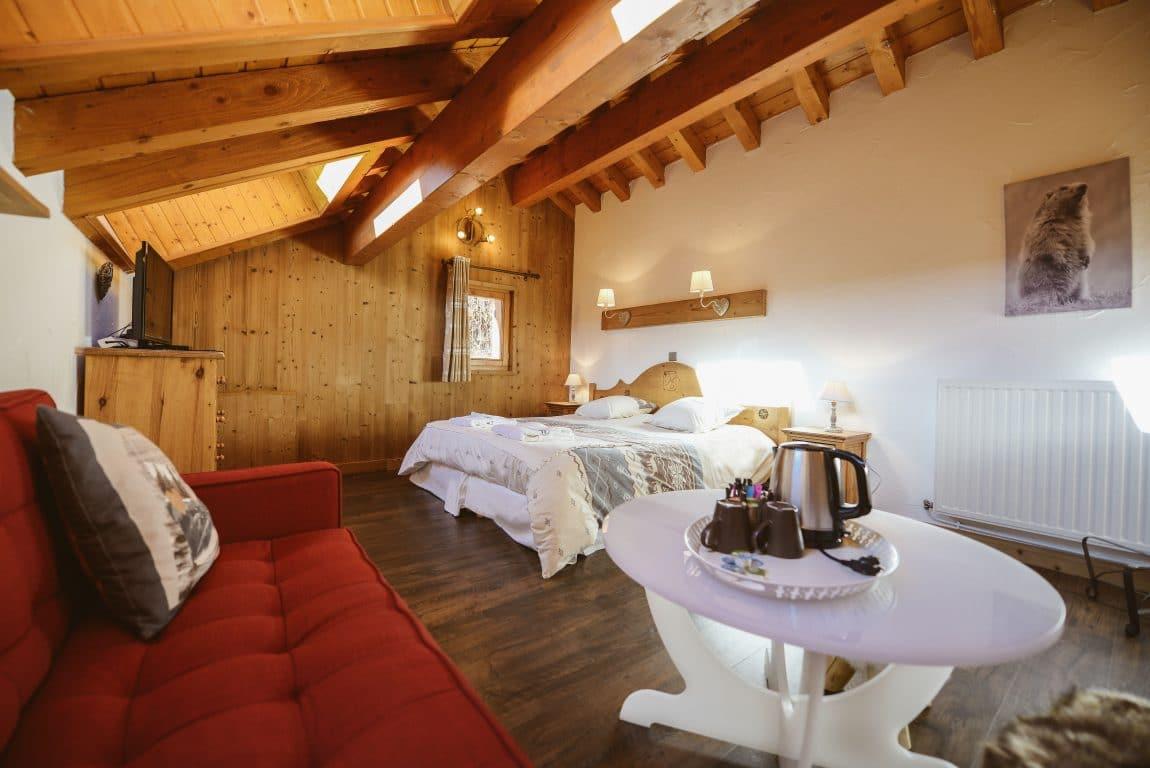 Comfort family suite: master bedroom